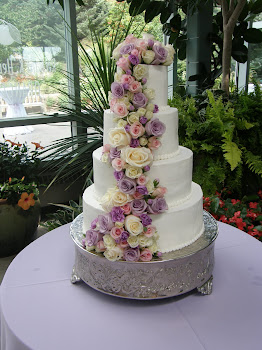 4-tier round buttercream