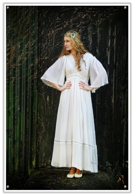vintage 1970s ethereal wedding dresses