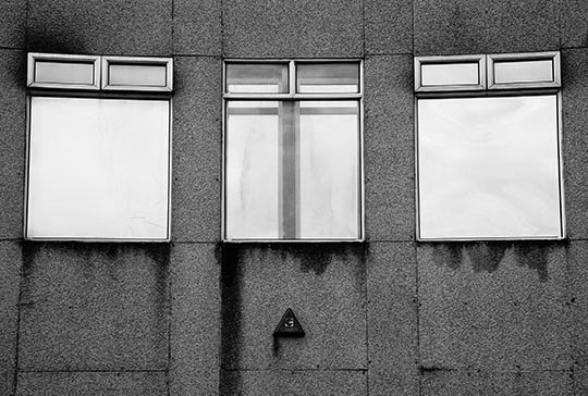 windows, urban photography, contemporary, photo, black and white