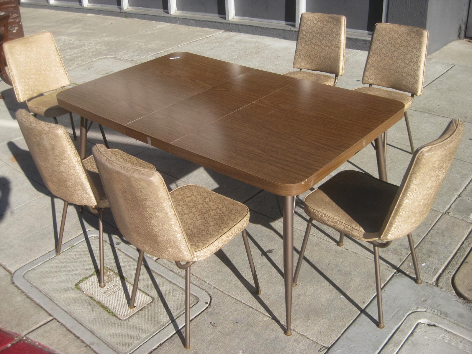 uhuru furniture collectibles sold retro 70s kitchen table