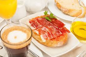 Hablamos español: Desayuno típico español. Desayuno Espanol Tipico