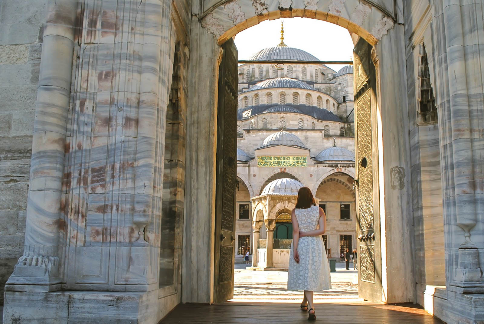 Things to do in Istanbul - Visit the Blue Mosque