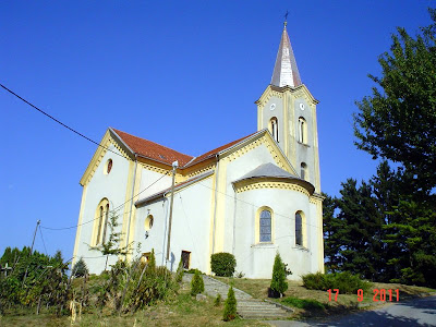 Crkva Sv. Tri kralja u Kraljevom Vrhu
