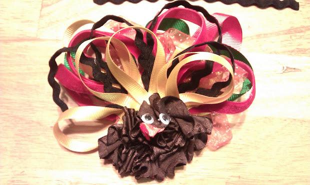 kissed frog turkey hair bow
