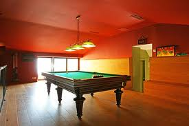 interieur maison 2011 decoration salle de billard. Black Bedroom Furniture Sets. Home Design Ideas