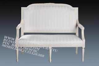 sofa jati jepara furniture mebel ukir jati jepara jual sofa tamu set ukir sofa tamu klasik set sofa tamu jati jepara sofa tamu antik sofa jepara mebel jati ukiran jepara SFTM-55002