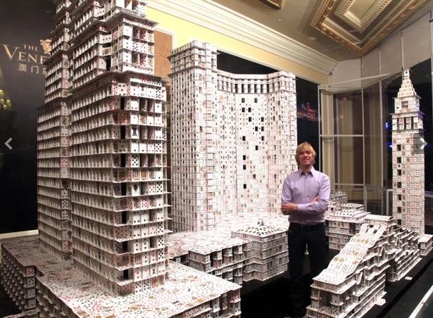 Membina Bangunan Dengan Ratusan Ribu Daun Terup