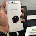 Polaroid Selfie, Smartphone Dengan Kamera Rotasi 13MP
