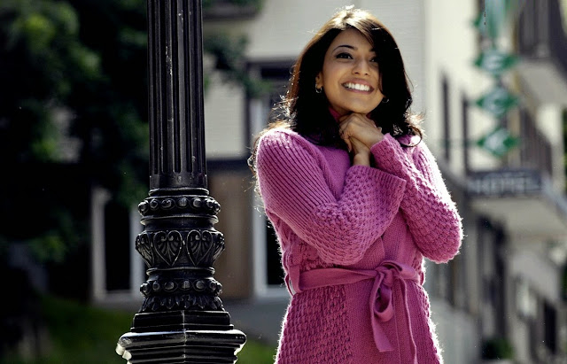 Beautiful And Spicy Actress Kajal Aggarwal HD Wallpaper