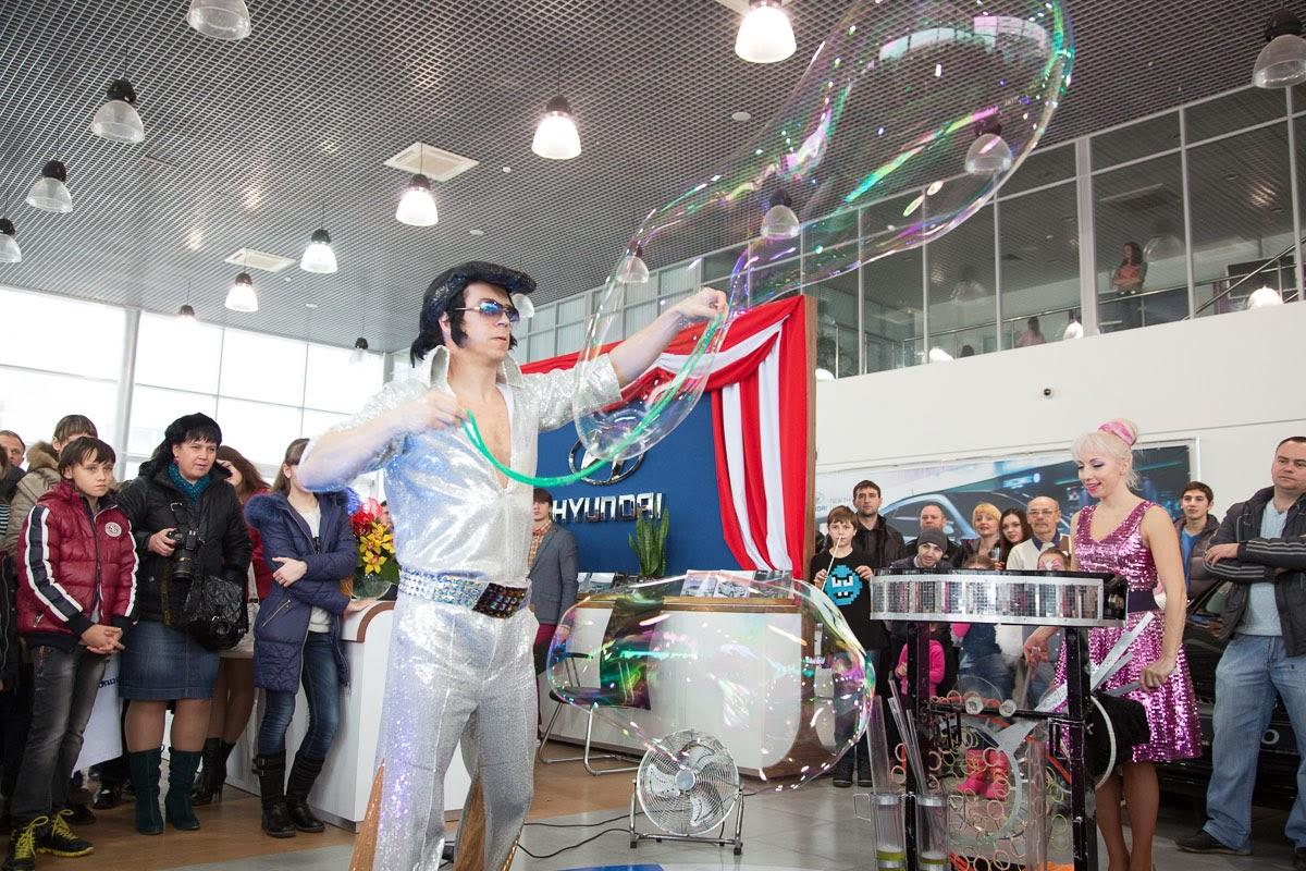 Шоу Гиганских Мыльных Пузырей в Ростове
