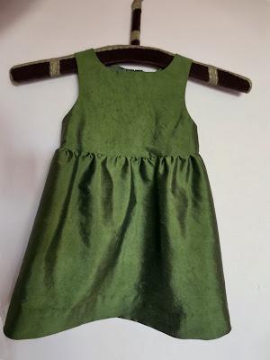 StinaP barnklänning omsydd brudklänning
