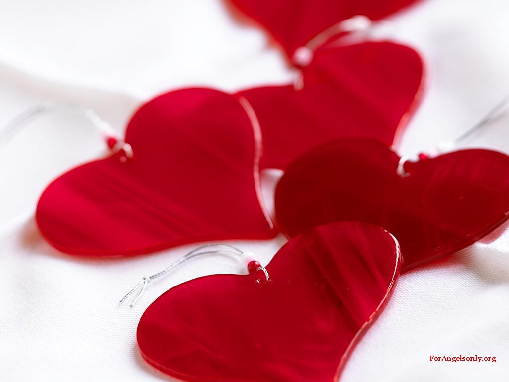 http://1.bp.blogspot.com/-oPp0Neyzx9E/TxFzTMf-cWI/AAAAAAAAAlI/6756v6o-wjw/s1600/heart-love-wallpaper-11.jpg