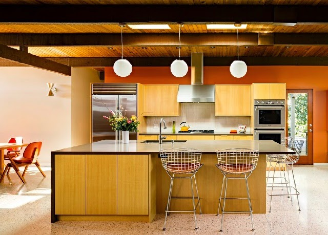 Mid century kitchen designs ayanahouse for Mid century modern kitchen lighting