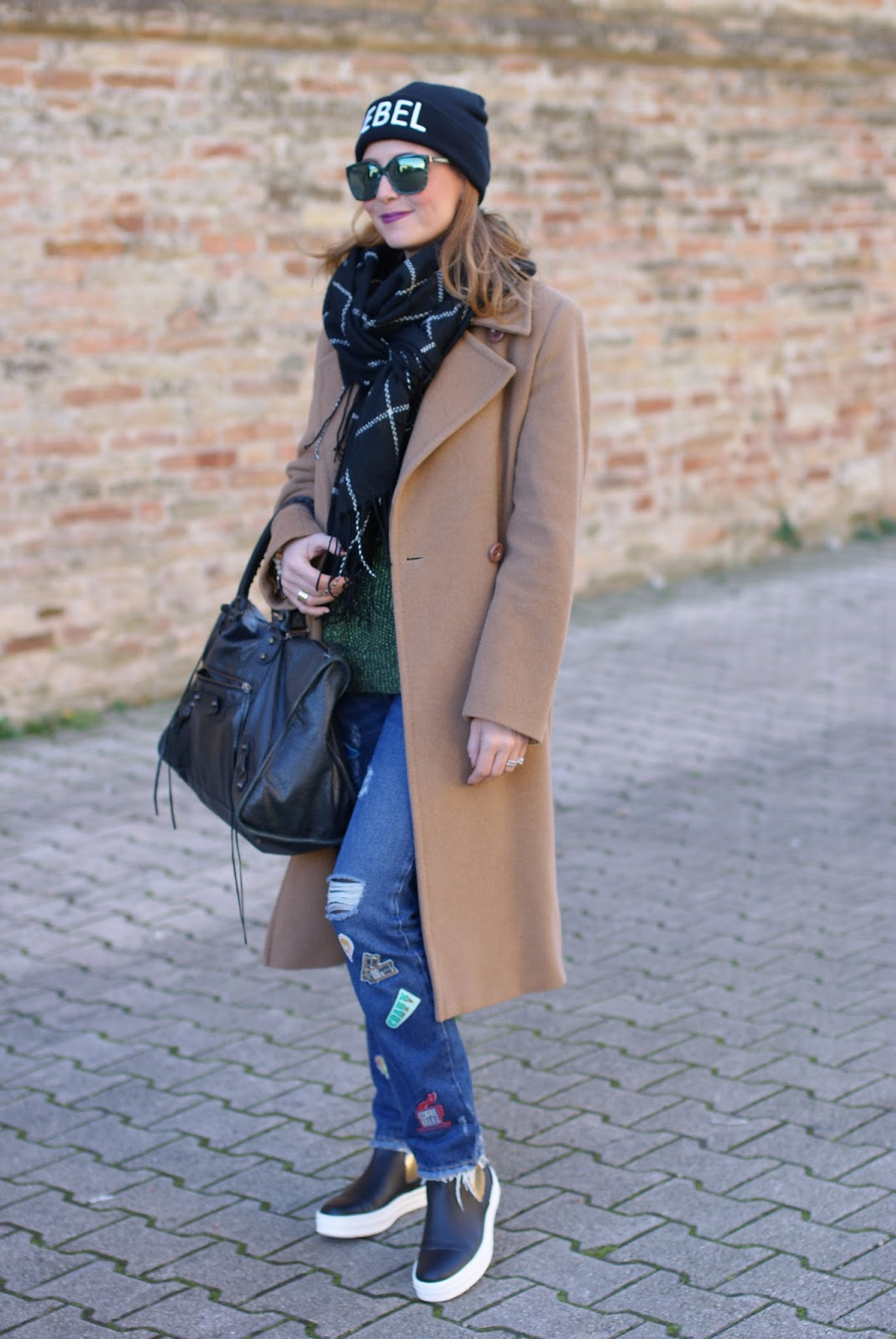 Frayed hem patched jeans and Max Mara camel maxi coat with B&H shoes flats on Fashion and Cookies fashion blog, fashion blogger style