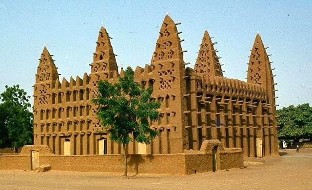 Hamadou Boly - Le soufisme au Mali du XIXe siècle à nos jours : religion, politique et société