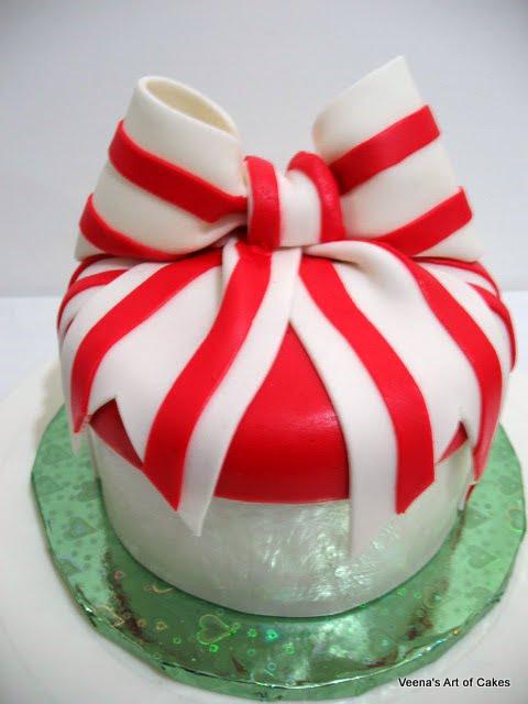 Veenas art of cakes how to make a fondant gift box cake i negle Images