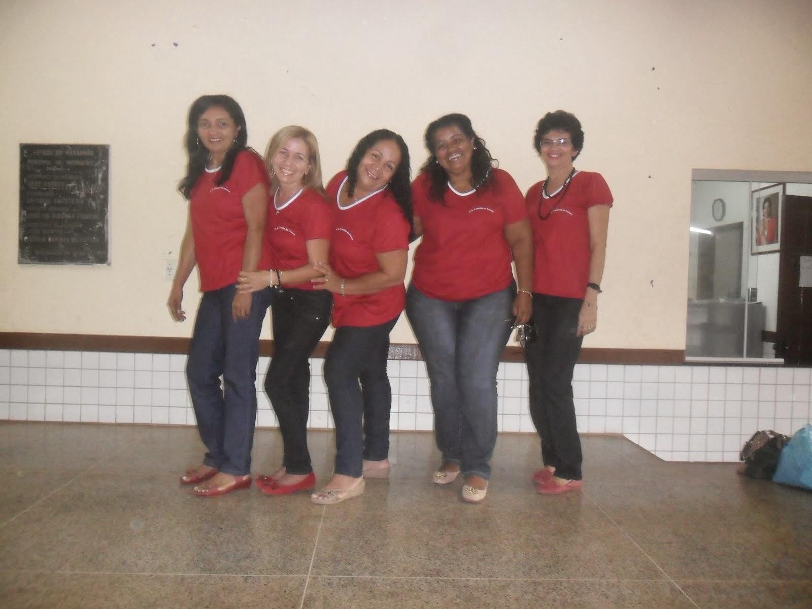 Diretora Maria José, Coord. Rosilda, Mello,Vice-diretora Dalva  e Selma