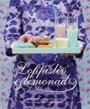 2011 gav jag och Carolin Freiholtz ut boken Loppisliv & Lemonad