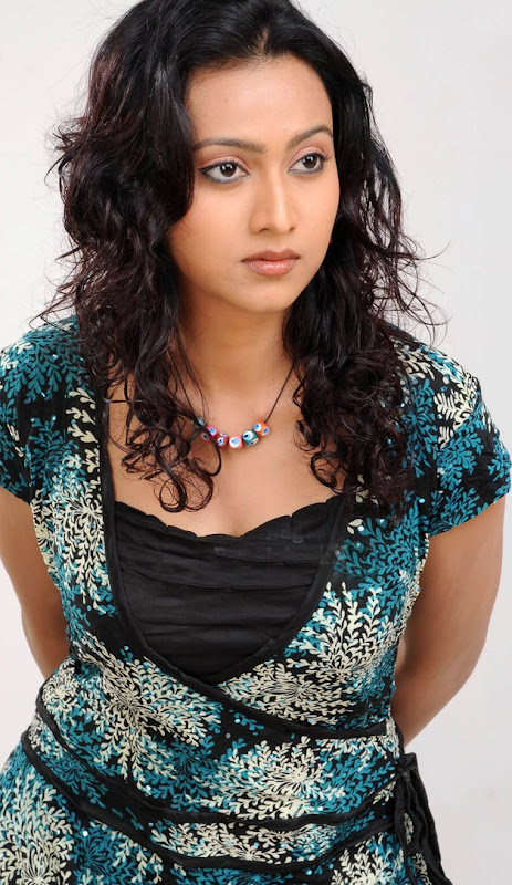 Cute Pictures of Aakarsha  South Indian Actress wallpapers