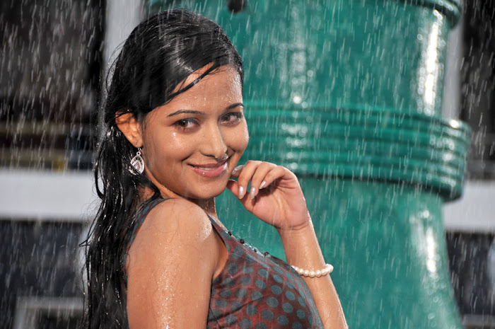 preethika rao new from priyudu movie, preethika new glamour  images