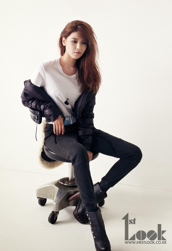 Sooyoung posa para' 'First Look y habla de qué tipo de novia  le gustaría ser 120920sy