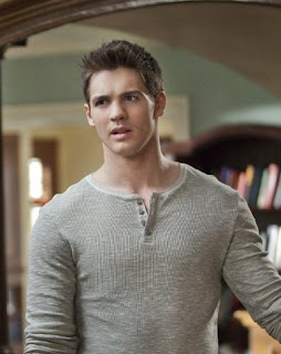 Michael Trevino exits Vampire Diaries