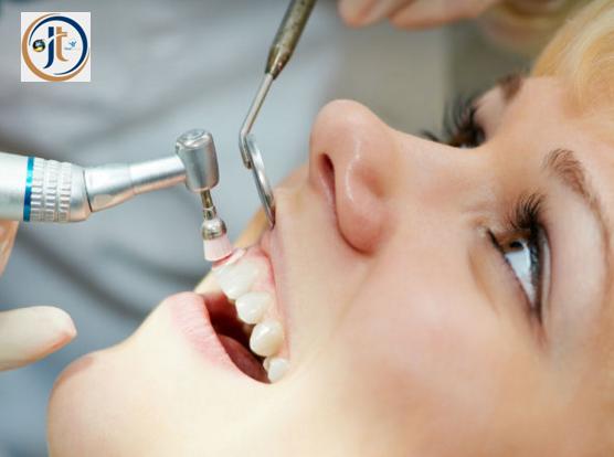 दांतों का पीलापन दूर करने वाली तकनीकें