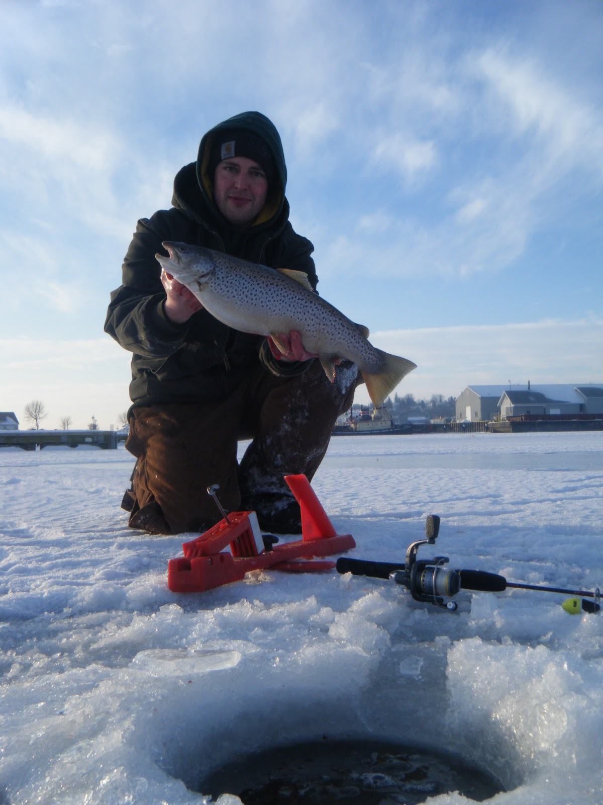 Wisconsin fishing reports weekend trout report for Beaver dam ice fishing