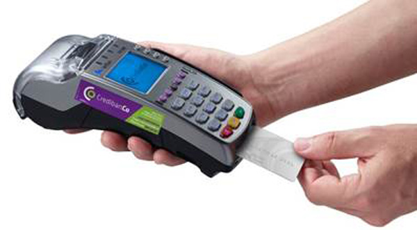 seguridad-finanzas-manos