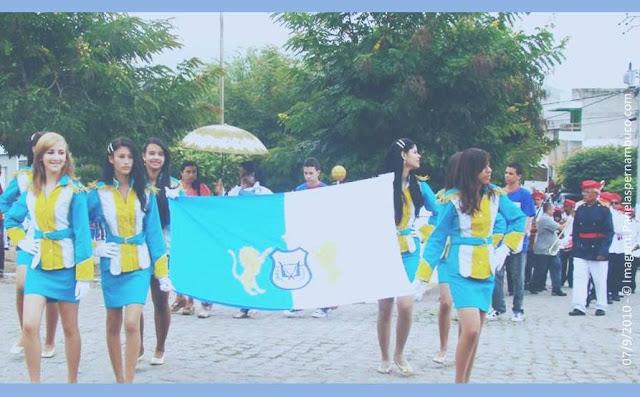 Imagem capturada no Desfile Cívico de 2010 em Panelas-PE