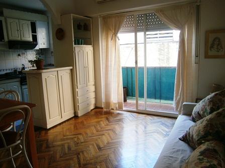 codigo=CO.199.Congreso.Moreno y Catamarca.  2 dormitorios (3 ambientes)