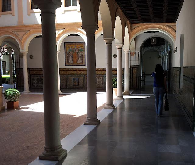 pasillos+museo+bellas+artes+sevilla