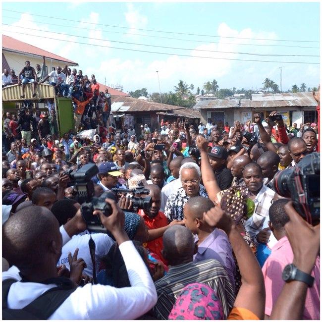 Lowassa sokoni Tandale, Agosti 25, 2015
