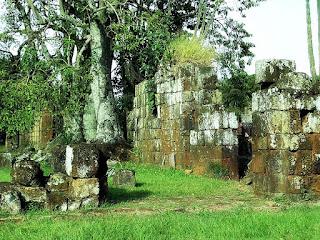 Ruínas da antiga igreja da redução jesuíta de São João Batista, em Entre-Ijuís.