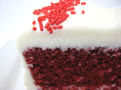 What Kind Of Icing To Use On Red Velvet Cake