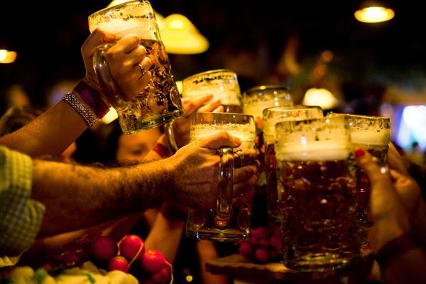 brindes costumes cervejeiros pelo mundo ninkasi beer club