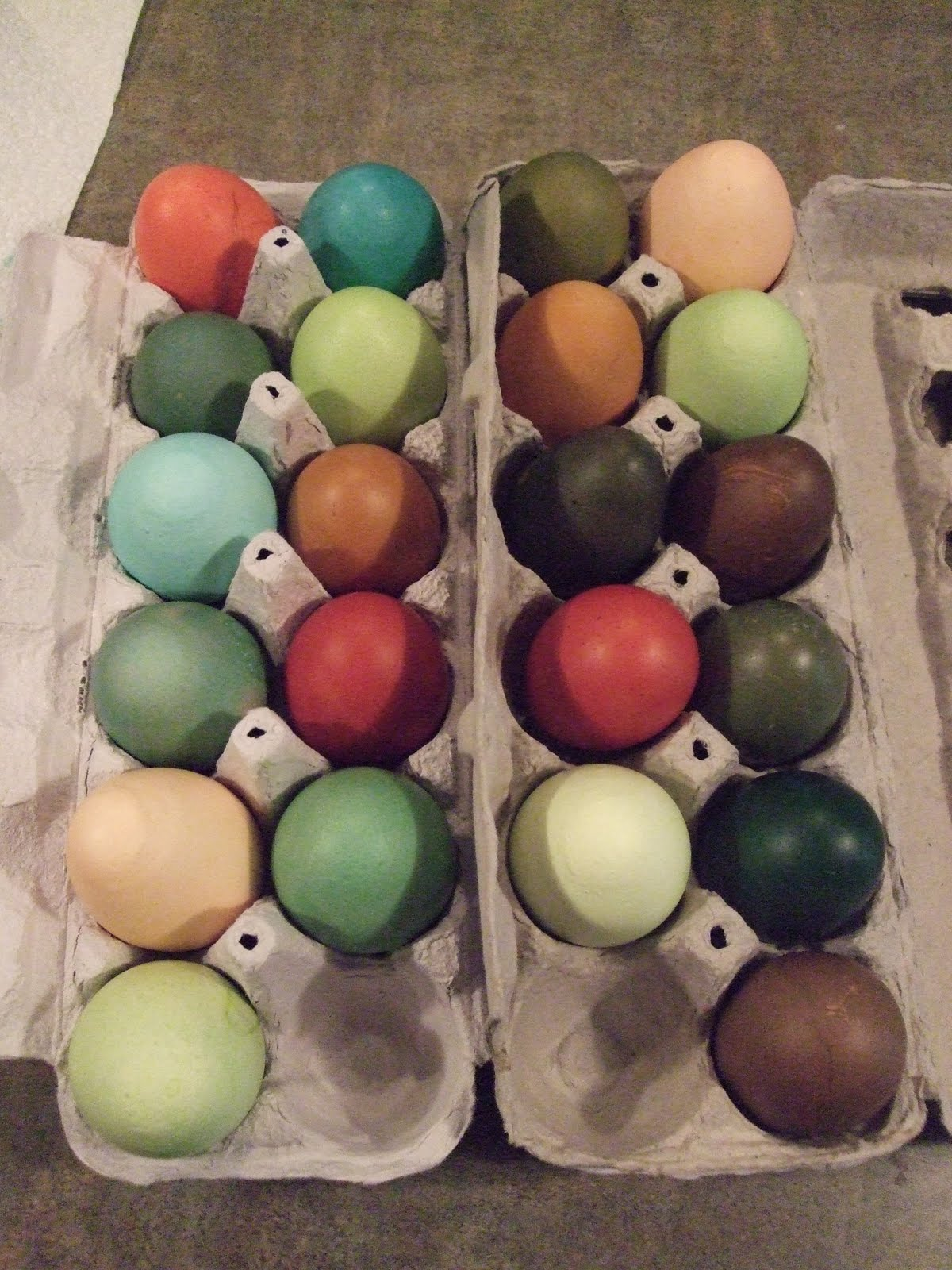 pam s backyard chickens custom dyed easter eggs