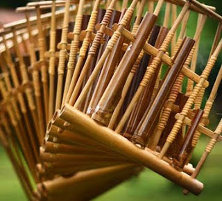 Alat Musik Bambu Asli Indonesia