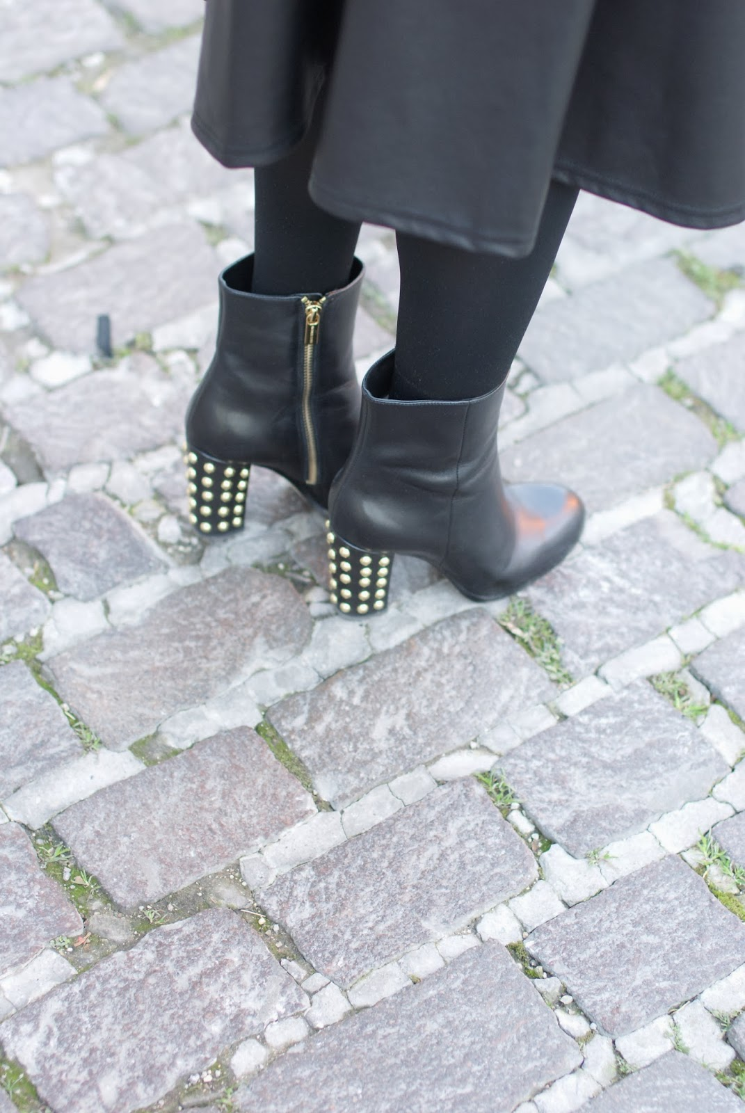 michael kors linden boots, studded heels, fashion and cookies, fashion blogger nail polish, fashion and cookies, fashion blogger