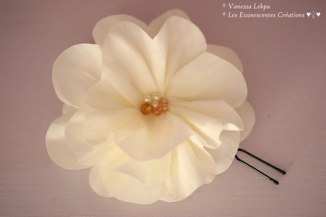 accessoire cheveux pics a chignon mariage mariée fleurs taffetas de soie organza ivoire vanesas lekpa