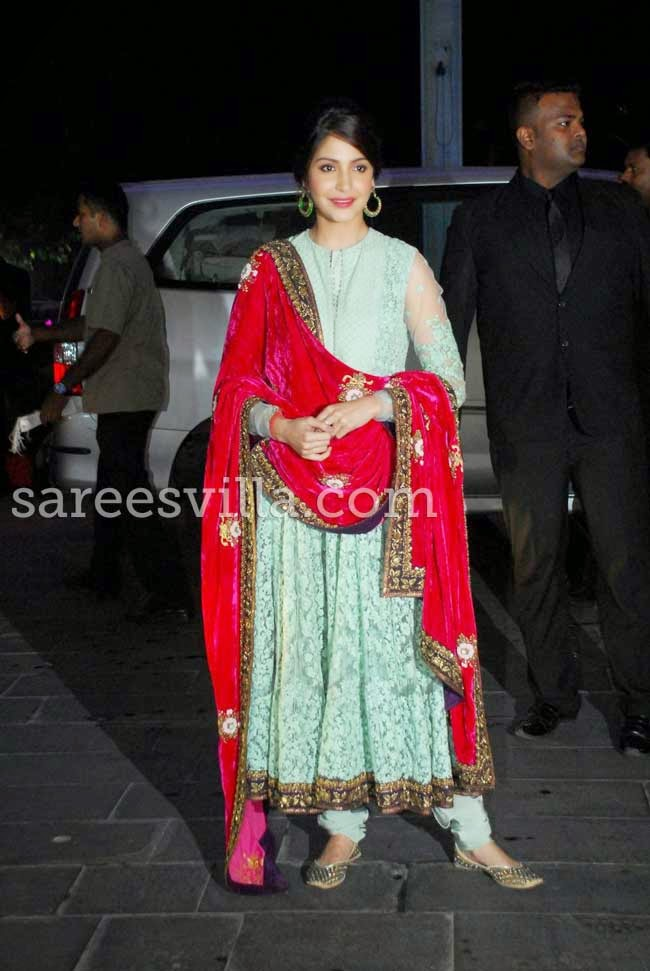 Anushka Sharma At Udhay Shirin Wedding Reception