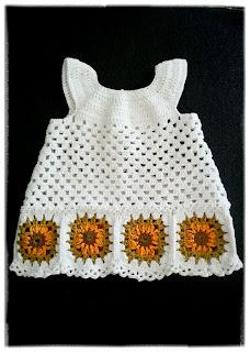 solrosklänning
