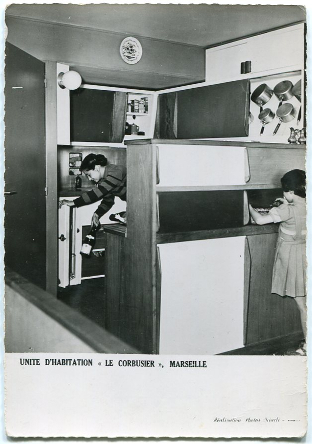 architectures de cartes postales 1 corbusier mets la table. Black Bedroom Furniture Sets. Home Design Ideas