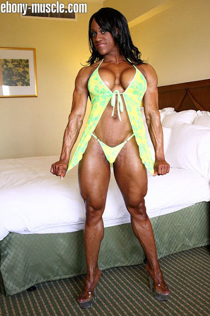 Akila Pervis Female Muscle Pic Of The Week