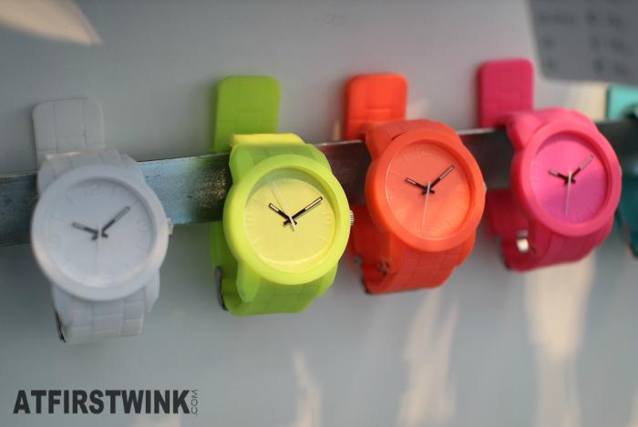 HEMA scuba silicon watches white, neon yellow, orange, pink