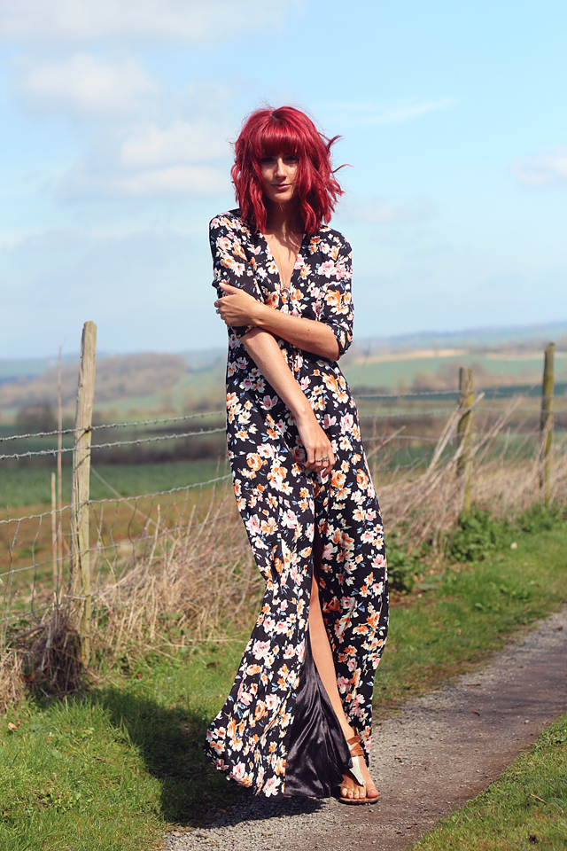 Personal Style Blogger Wonderful You Wears Missguided Summer Maxi Dress