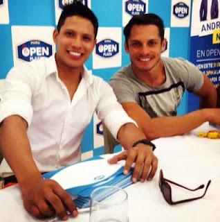 André Silva con Nikko Ponce