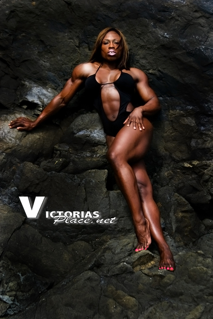 Victoria Dominguez Modeling Her Muscular Body On Rocks