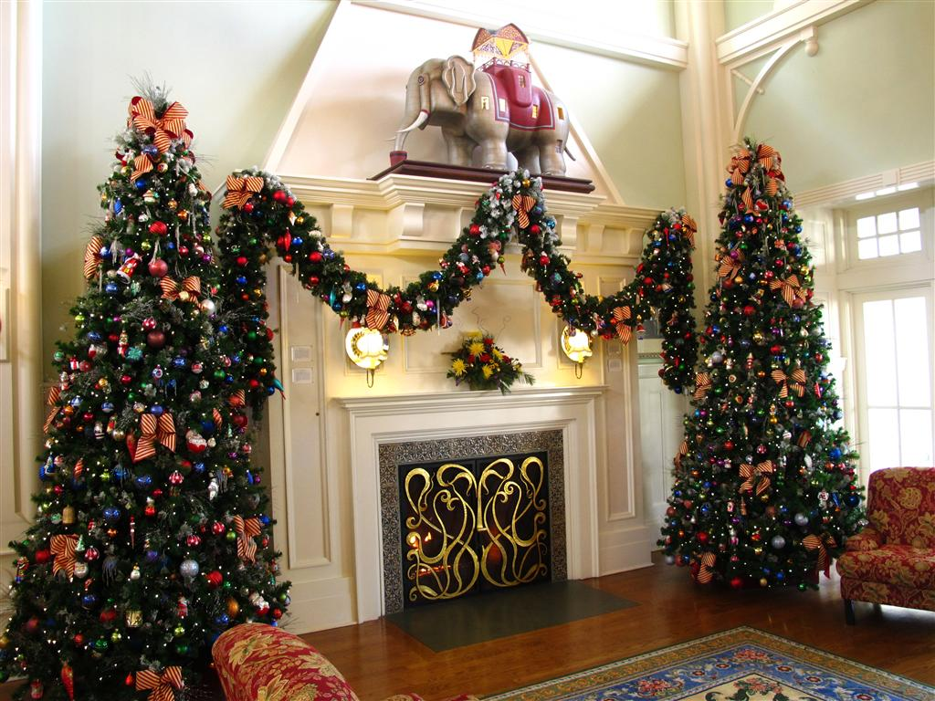 christmas decorations disney