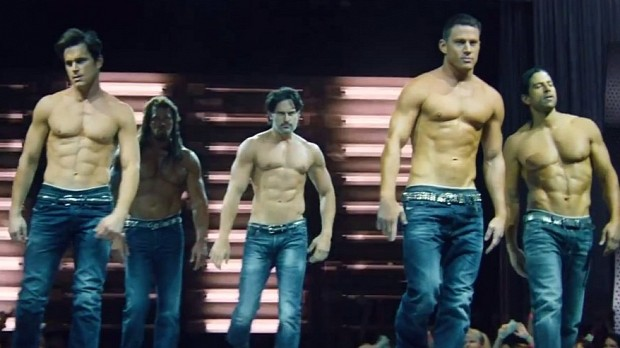 http://1.bp.blogspot.com/-oTHeUhfAyOM/VaSkTfJvqiI/AAAAAAAADqk/Welwmu5cxHI/s640/magic-mike-xxl.jpg